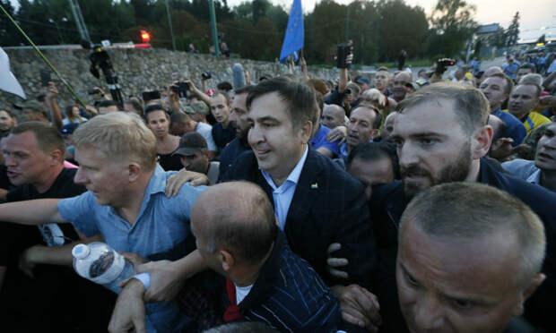 Саакашвили с дракой прорвался на Украину и