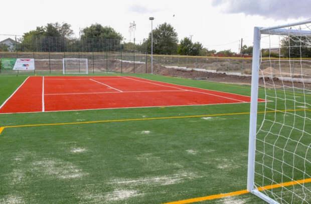 Обустройство школьных стадионов в столице продолжается
