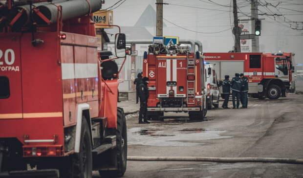 Шесть человек спасены при пожаре вжилом доме вТаганроге