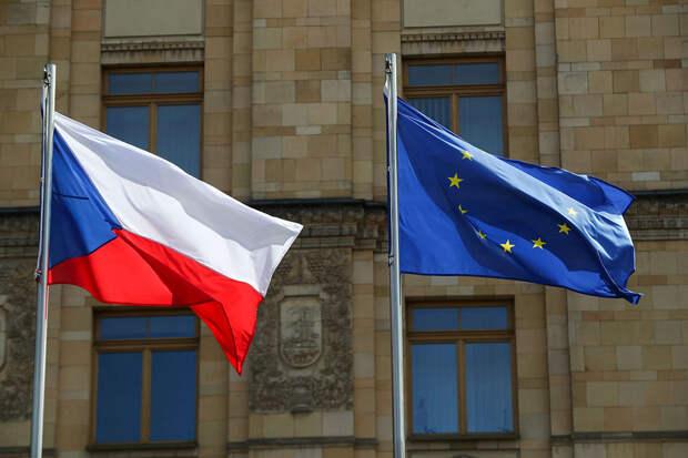 Чехия решила сократить число сотрудников посольства РФ