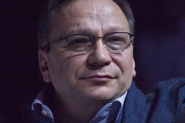 Игорь Угольников госпитализирован с пневмонией