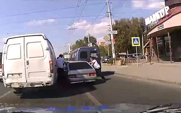 Погоня за пьяным водителем в Волгограде привела к нескольким ДТП