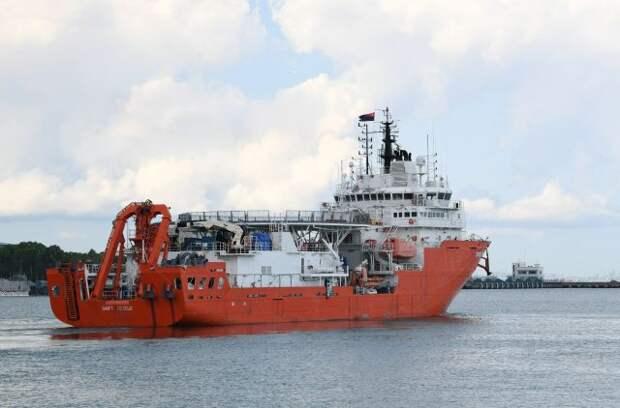 Более 20 судов участвуют в поисках пропавшей подлодки в Индонезии