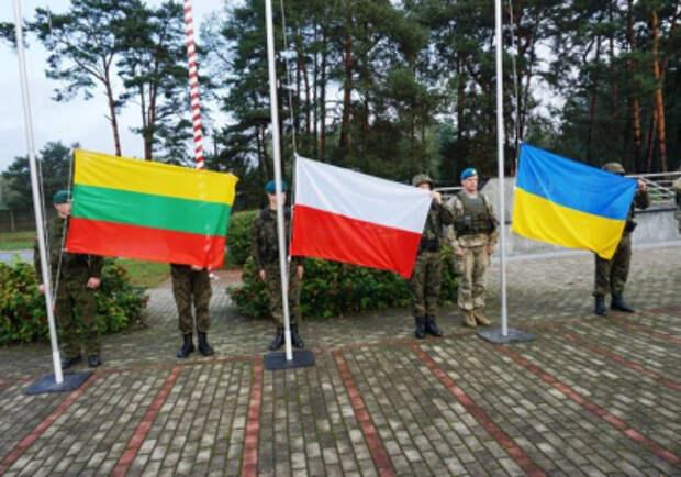«Люблинский треугольник» требует от мирового сообщества плана действий по «деоккупации Крыма»