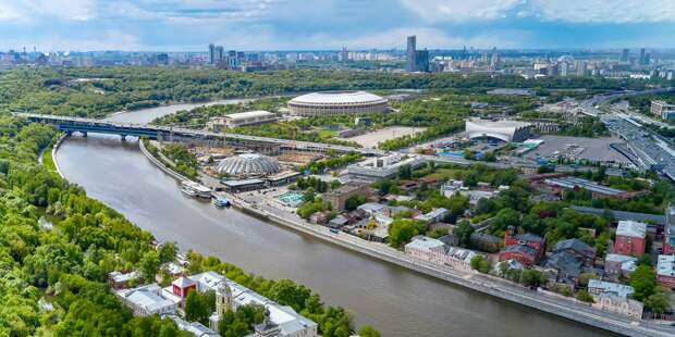 До начала июля в Москве снимут действующие ограничения из-за пандемии