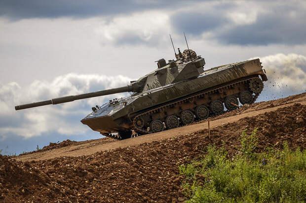 """Military Watch Magazine высоко оценил потенциал российского """"Спрута"""""""
