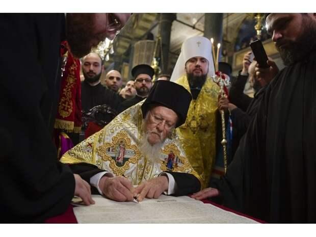 С какой Украиной было бы проще Ватикану – с советской или с «независимой»?
