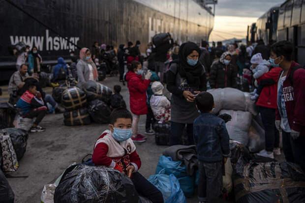В Греции двух российских моряков посадили на 500 лет за перевозку нелегалов