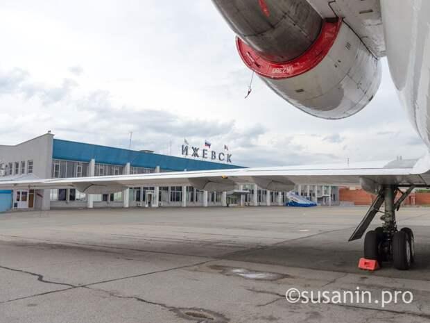 Трос заземления повредил фюзеляж самолета «Аэрофлота» при посадке в Ижевске
