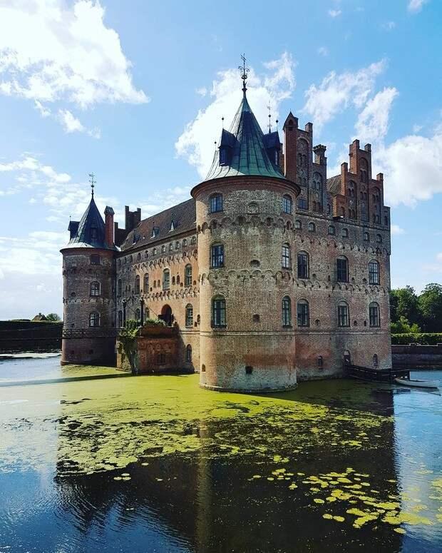 Фото №10 - В гостях у сказки: самые впечатляющие замки Европы