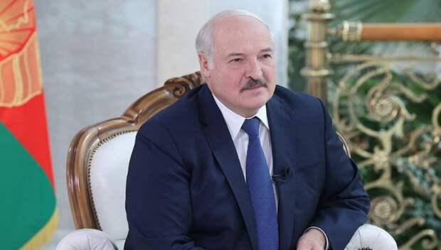 Лукашенко должен обезопасить Белоруссию от резкой смены политического курса