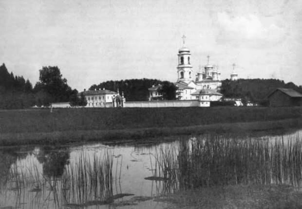 Свято-Троицкий Павло-Обнорский мужской монастырь