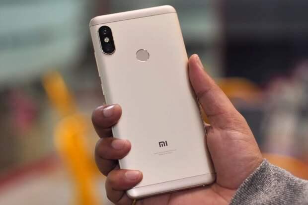 Xiaomi Mi A2 Lite превращается в кирпич после обновления