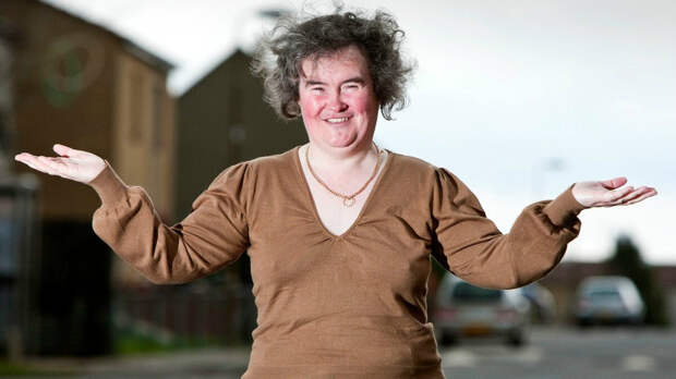 Женщина в базовом пуловере. /Фото: img.joj.sk