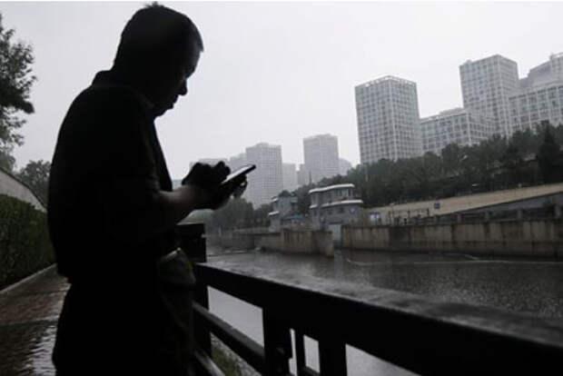 Новая вспышка коронавируса ударила по экономике Китая