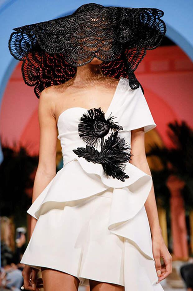 Неделя моды в Нью-Йорке: Ирина Шейк стала звездой показа Oscar de la Renta