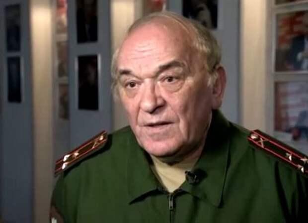 Баранец назвал причины переброски эшелонов военной техники в Крым