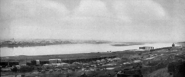 52. Панорама Иркутска и Ангары (правая половина)