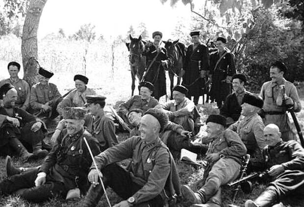 Закавказский фронт. Казаки на отдыхе. СССР, война, история