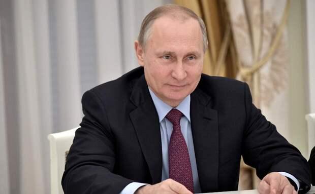 Путин призвал работать над уровнем культуры и моральных ценностей