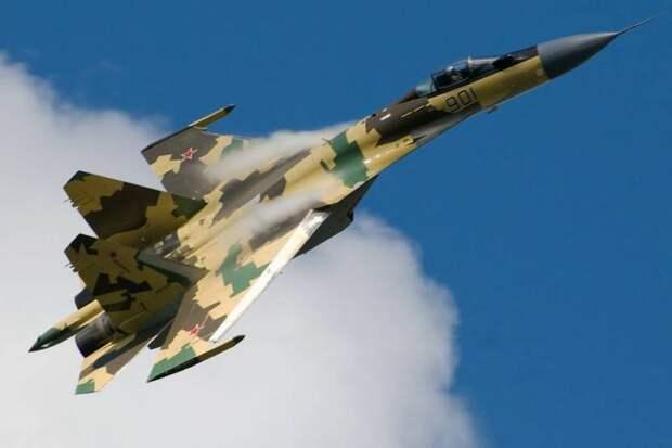 Пока весь мир летает на легких истребителях, Россия уверенно пересаживается на «тяжеловесы»