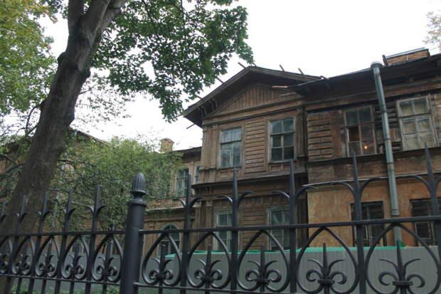 Некоторые памятники деревянного зодчества Петербурга и области