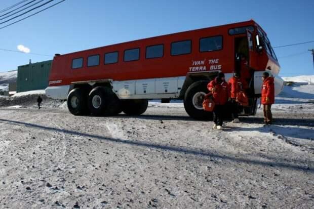 """Суровый канадский автобус """"Ivan"""""""