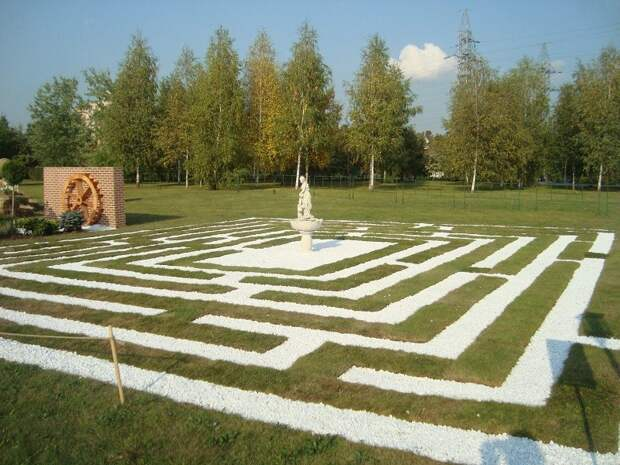 Муз гора в исторических садах