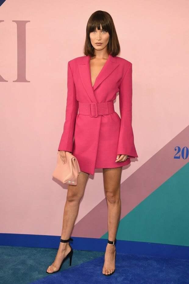 Платье пиджак: с чем носить модный тренд 2020 года