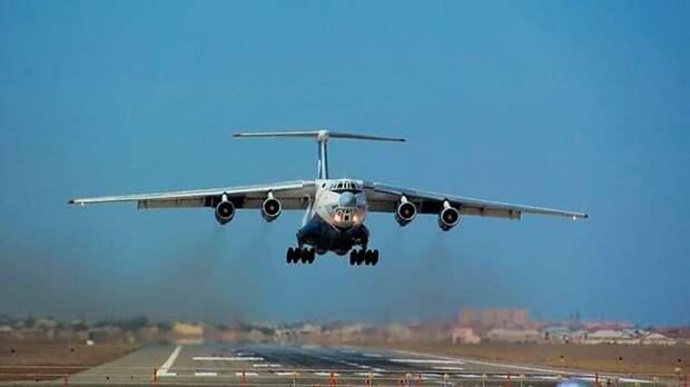 Российскому военному самолету запретили садиться в Сирии
