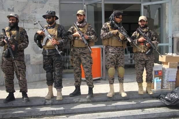 Новые власти Афганистана создадут сильные вооружённые силы
