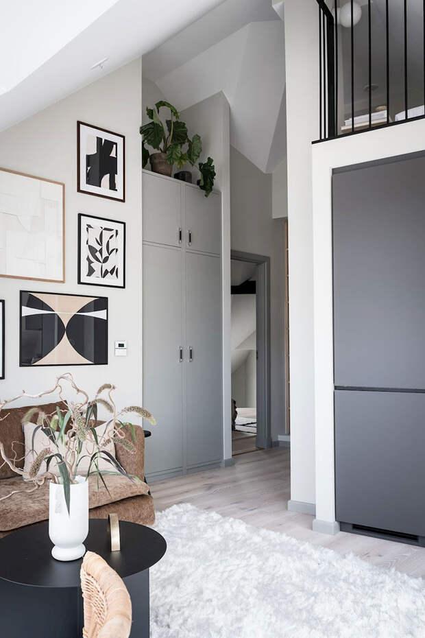 Стильный чердак: небольшая, но светлая мансардная квартира в Гетеборге (35 кв. м)