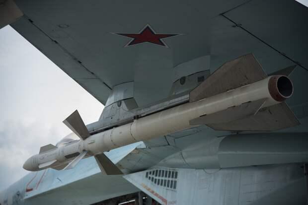 США пригрозили союзникам санкциями за сделки с оружием РФ