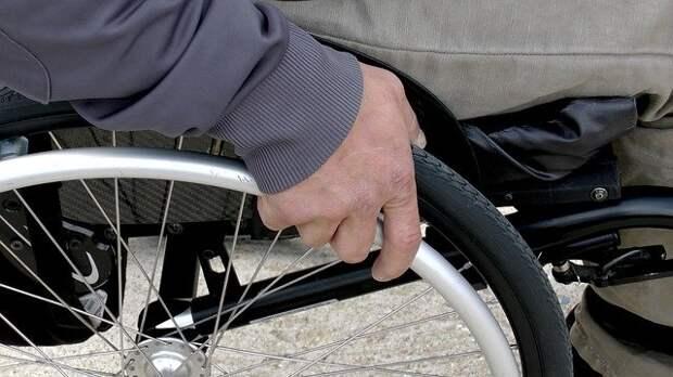 Платформы для маломобильных граждан начали устанавливать в Марьине