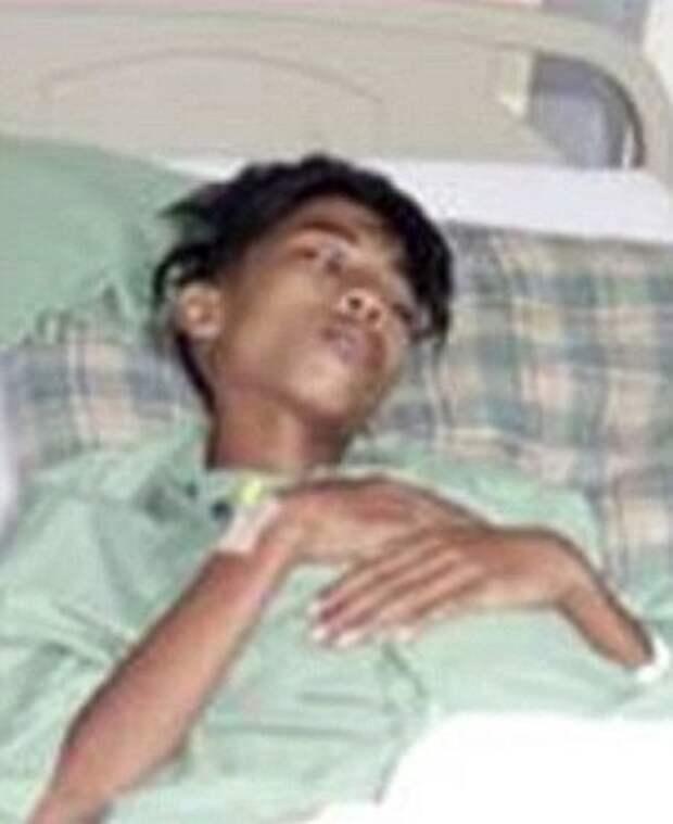 15-летний подросток стал жаловаться на боль в животе. Причина шокировала даже врачей...