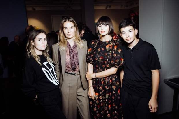 Зара, Алена Долецкая и другие на презентации художественного проекта в Москве
