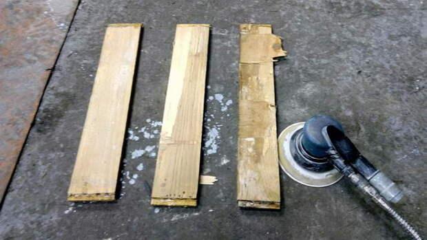 В загашнике находим парочку досок. Из них мы будем делать полки и расзделительные стенки.
