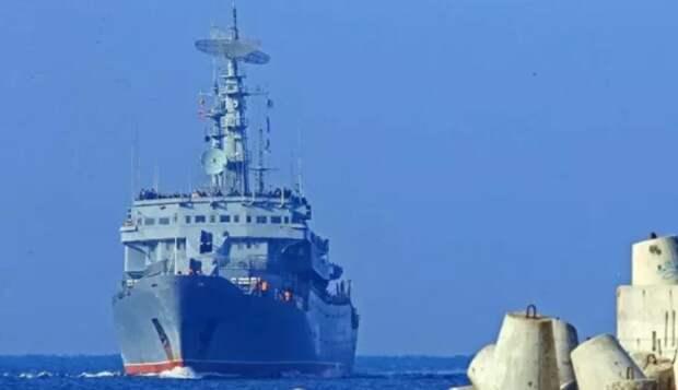 Испания струсила и не заработала, а Алжир принял. Вместо Сеуты корабли Северного флота РФ пришвартовались в африканском порту