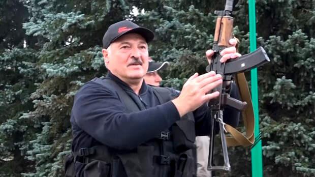 """Лукашенко перекинулся на поляков с """"московских кукловодов"""""""