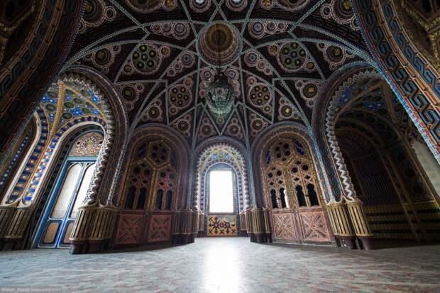 Прекрасный, но заброшенный замок в сердце Италии