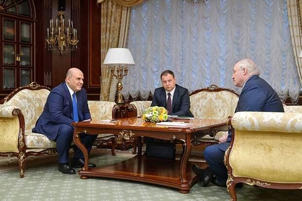 Мишустин анонсировал восстановление ж/д и авиасообщения с Белоруссией
