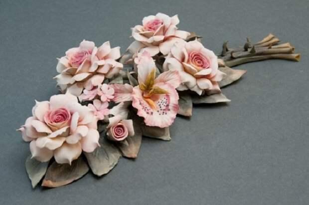 Ветвь роз и орхидей, фарфор