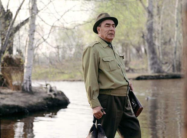 Л. И. Брежнев на охоте, 1972.jpg