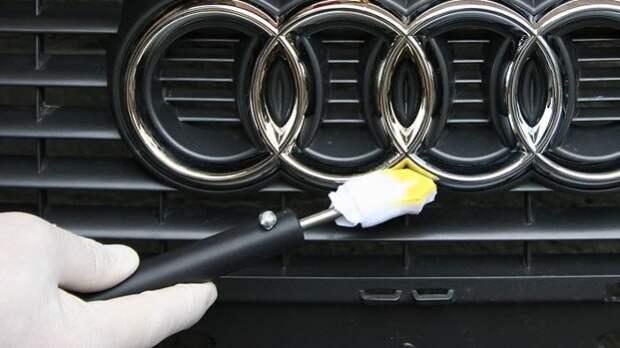 Керосин или лак – надежная защита для хромированных деталей. | Фото: pitstopchel.ru.