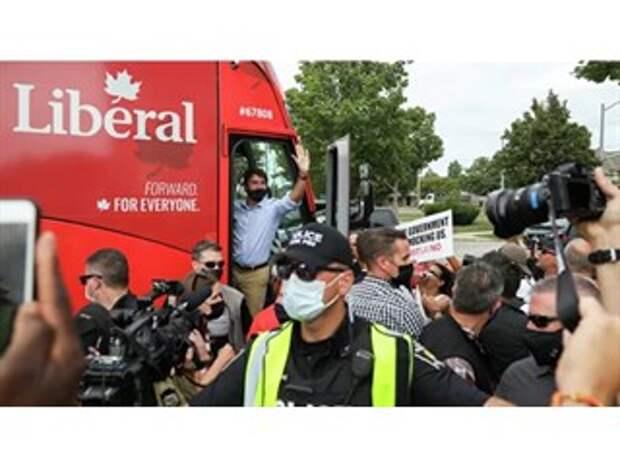 Премьер Канады ради власти расколол страну