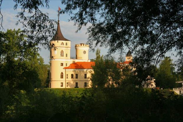 Павловский замок Бип