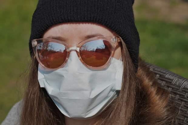 Крымчан обрадовали появлением защитных масок в розничной продаже