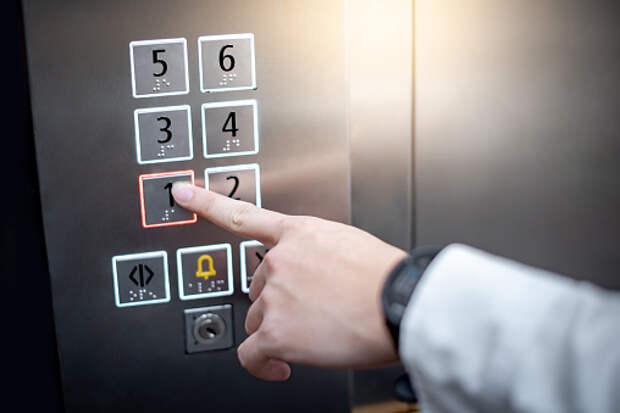 Часто ли в вашем подъезде ломается лифт? — новый опрос