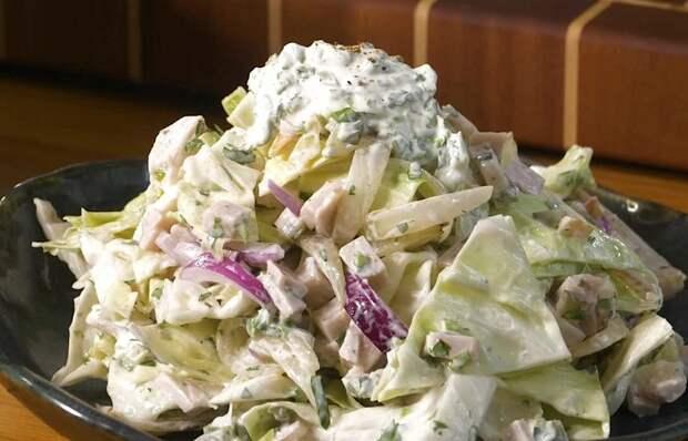 Аппетитный салатик с капустой и бужениной