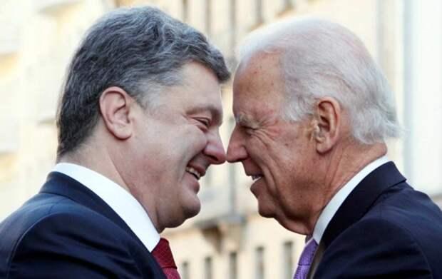 Зеленскому придётся тяжело в битве с Порошенко за покровительство Байдена – Суслов